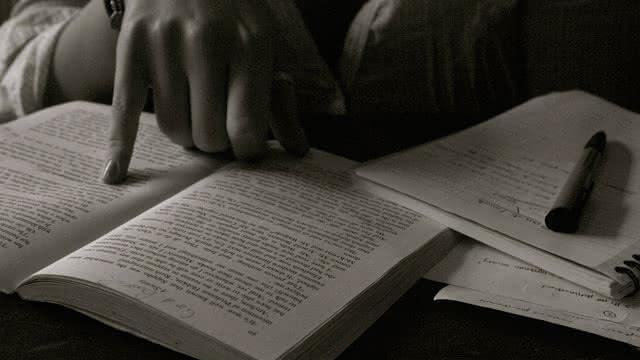 gz-mujeres-escritura